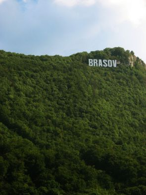 Brasov_hollywood_sign